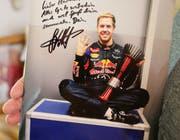 Ein Autogramm von Sebastian Vettel