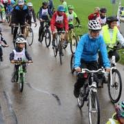 Die diesjährige Eschliker Zweistundenfahrt fand bei Regen statt. (Bild: PD)