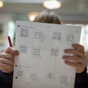 Mathematik-Unterricht in der Sekundarschule. (Bild: Boris Bürgisser, Willisau, 27. März 2018)