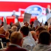 Emmi-Aktionäre und -Aktionärinnen stimmen ab an der Generalversammlung am Donnerstagabend. Bild: PD (Luzern, 11. April 2019)