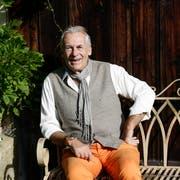 Pepe Lienhard liebt die Natur. Besonders wohl fühlt er sich in seinem Garten in Frauenfeld. (Bild: Donato Caspari)