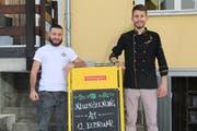 Da waren sie noch voller Optimismus: Francesco Fusco (links) und Joel Jenzer, hier vor der Neueröffnung ihres Lokals, waren die beiden Gastronomen des Restaurants Quadrifoglio. (Bild: Yann Lengacher, 7. Februar 2019)