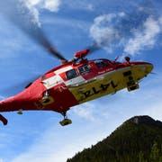 Ein Rega-Helikopter im Einsatz. (Bild: Rega/PD)