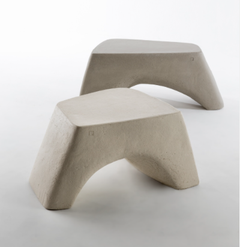 Archaisch beim Atelier Vierkant: Sitzbank aus Ton.