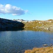 Das Follenseeli auf dem Gemeindegebiet Kerns eignet sich perfekt, um Steine hüpfen zu lassen. (Bild: Yasmin Kunz, 10. Oktober 2018)
