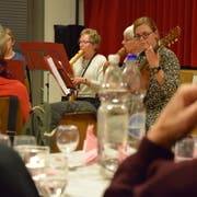 Das Flötenensemble Anima stimmte die 86 anwesenden Mitglieder der Donnerstagsgesellschaft auf die Hauptversammlung ein. (Bild: Tobias Söldi)