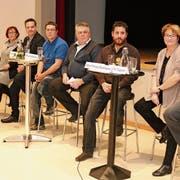Die acht Kandidierenden für die neue Legislatur: Felix Jenni (bisher), Beatrice Bachmann (neu), Michael Magnin (neu), Andreas Schär (neu), Daniel Kirchmeier (bisher), Markus Rüegg (bisher), Priska Rietmann (neu) und Walter Eugster (bisher). (Bilder: Christof Lampart)