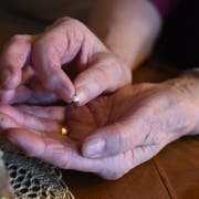 Die 78-jährige Thurgauerin nimmt seit mehr als 40 Jahren Schlaftabletten. (Bild: Samantha Zaugg)