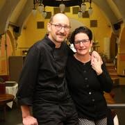 Ralph und Claudia Leisi führen das Lokal noch bis im Juli. (Bild: Res Lerch)