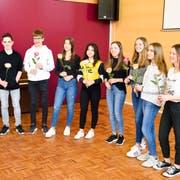 Die ausgezeichneten Schülerinnen und Schüler der Klasse 1b. (Bild: David Grob)