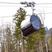 Wenn alles planmässig voranschreitet, wird die Bergbahn Staubern am 20. April den Betrieb wieder aufnehmen. Momentan finden Testfahrten statt. (Bild: PD)