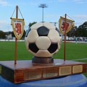 Der Pokal ging dieses Jahr an die Herren der Stadtverwaltung. (Bild: Mathias Frei)