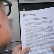 Der Gemeinderat Wagenhausen wehrt sich mit einem Flugblatt gegen die Vorwürfe von Pierre Kohler. (Bild: Rahel Haag)