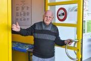Sieht die Umfahrungsstrasse Spange Hofen als Chance: Aldo De Fazio begrüsst neu die Gäste im Clubhaus des FC Sirnach Stella. (Bild: PD)
