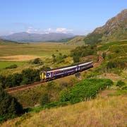 Die grösste Sehenswürdigkeit Schottlands ist die Natur. Wer mit dem Zug reist, sieht viel davon. Bild: Shutterstock