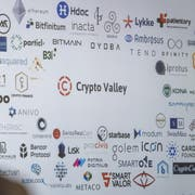 Workshop zum Zuger Crypto Valley: Der Besuch einer Südkoreanischen Delegation um den Stadtpräsidenten von Seoul, Won Soon Park, informierte sich vor Ort über das Crypto Valley. (Bild: Urs Flüeler (Zug, 3. Oktober 2018))