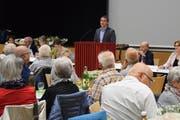 Alexander Bommeli, Präsident der Spitex Region Uzwil, führte durch die Versammlung. (Bilder: Tobias Söldi)
