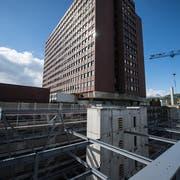 Blick auf das Luzerner Kantonsspital. (Bild: Dominik Wunderli)