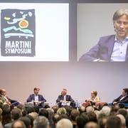 Diskutierten am Martini-Symposium im Businesspark Sursee über Kryptowährungen (von links): Ralf Glabischnig, Andreas Dietrich, Moderator Reto Lipp, Monika Roth und Thomas Meier. (Bild: Manuela Jans-Koch (22. November 2018))