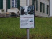 Diese historische Chamer Ortstafel weist auf die Luzernerstasse hin - heute eine viel befahrerene Strasse. (Bild: PD)