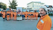 Die Werkhof-Mitarbeiter haben Jakob Schwendener auf dem Alvierparkplatz einen ungewöhnlichen Abschied «eingebrockt». (Bild: Hansruedi Rohrer)