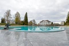 Zum Schloss Eugensberg in Salenstein gehören unter anderem ein Tennisplatz und ein Schwimmbad. (Bild: Donato Caspari)