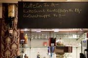 Das Essen im «Doorzögli» ist währschaft und günstig. (Bild: Nadia Schärli, Luzern, 1. Oktober 2019)