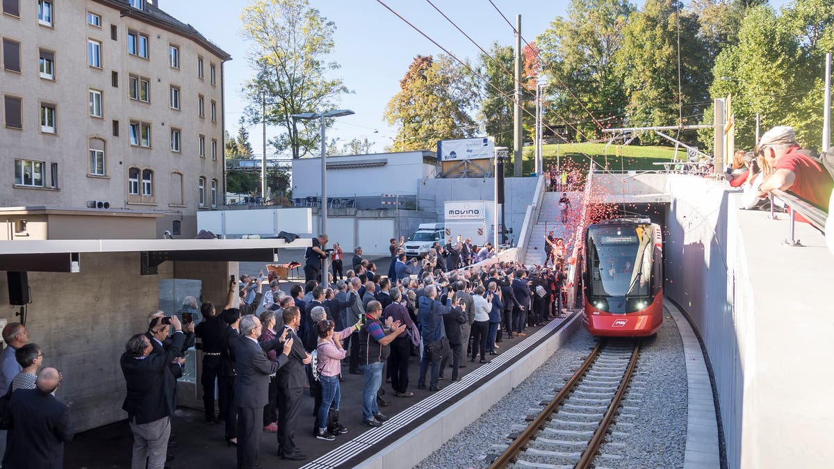Freie Fahrt für Appenzeller Bahnen durch den Ruckhalde-Tunnel: Den ersten «Tango» tanzt eine Frau