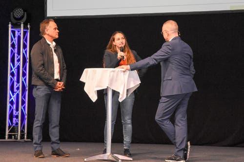 Thomas Grob, Patrizia Egloff, beide Energietal Toggenburg im Interview mit Patrick Rohr. (Bild: Urs M. Hemm)