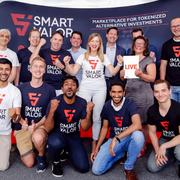 Das Team vom Smart Valor mit CEO Olga Feldmeier in der Mitte. (Bild: Screenshot Smart Valor)