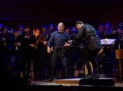 Sensationelles Musiktheater-Finale: «Le nozze di Figaro» – im Bild Alex Esposito als Figaro – eröffnete den Mozart-Zyklus unter Teodor Currentzis. (Bild: Lucerne Festival/Priska Ketterer)