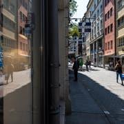 Eine wichtige Einkaufsmeile der Stadt: Die Neugasse. (Bild: Thomas Hary)
