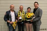Von links: Robert Fortunati (neues Freimitglied), Beppi und Silvia Dittli (neue Ehrenmitglieder) und FCA-Präsident Yves Althaus. (Bild: Philipp Zurfluh, Altdorf, 14. September 2018)