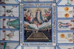Die Aufnahme Marias in den Himmel: diese Szene zeigt das Hauptbild an der Decke der Wallfahrtskirche Hergiswald. (Bild: Nadia Schärli, Obernau, 9. August 2019)