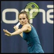 Alina Granwehr (links) und Karolina Kozakova haben nicht nur an den Juniorentitelkämpfen ehrgeizige Ziele. (Bildmontage: Pascal Mulleer/Freshfocus, PD)