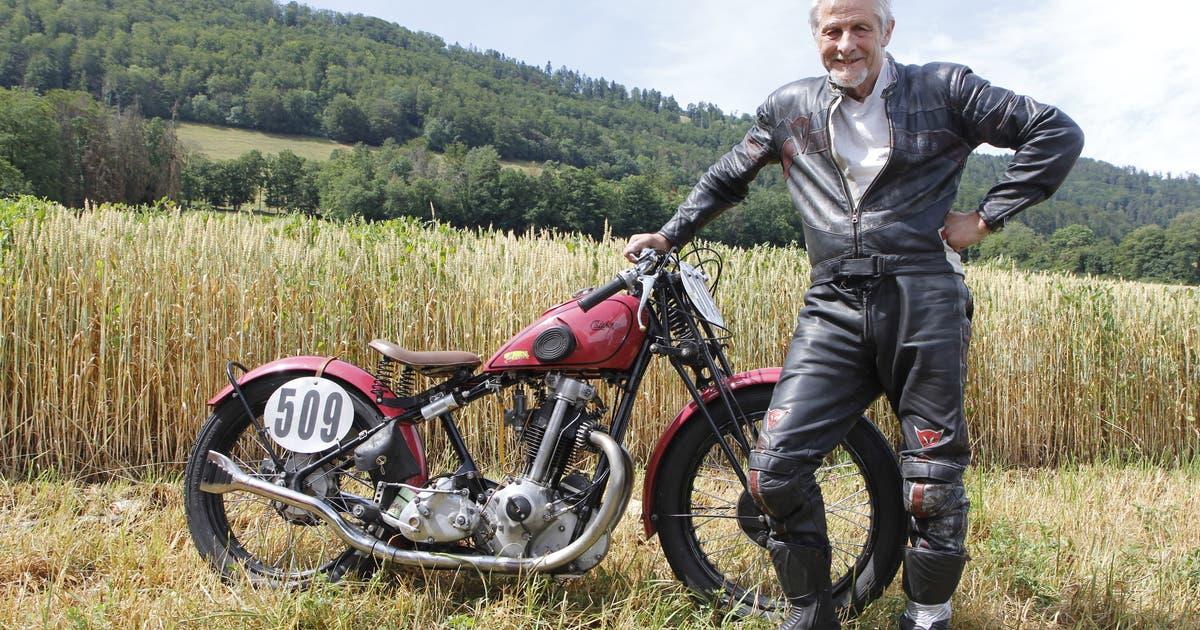 Der Toggenburger Hugo Stofer nennt sein Motorrad «Pink Lady» – und manchmal ganz einfach Mädchen | St.Galler Tagblatt