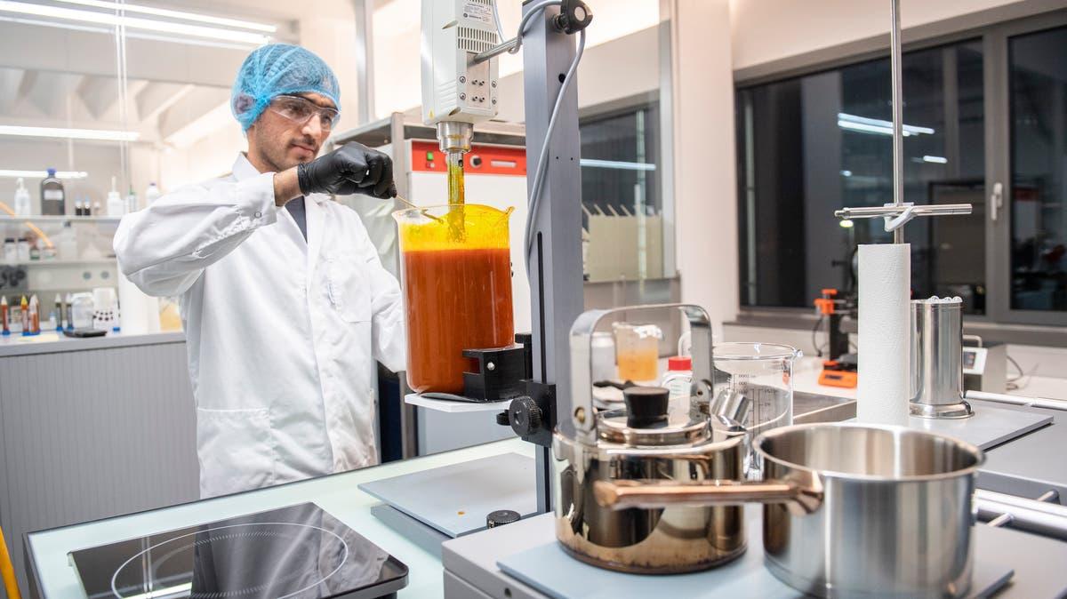 Mit weltweit einzigartiger Technologie aus der Ostschweiz: St.Galler Biotechfirma stelltseltene Weihrauchessenz für den Vatikan her   St.Galler Tagblatt