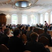 Dominik Rohrer stellte als Präsident der Geschäfts- und Rechnungsprüfungskommission den Antrag, die Budgetdebatte zu verschieben. (Bild: Markus von Rotz (Sarnen, 5. Dezember 2018))