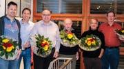 An der Generalversammlung: Präsident Andreas Hanhart (2.v.l.) mit den diesjährigen Jubilaren und Ehrenmitgliedern. (Bild: PD)