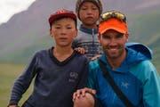 Bei seiner dritten Expedition in Kirgistan darf Damian Göldi eine Weile die Gastfreundschaft einer kirgischen Familie geniessen. (Bild: PD)