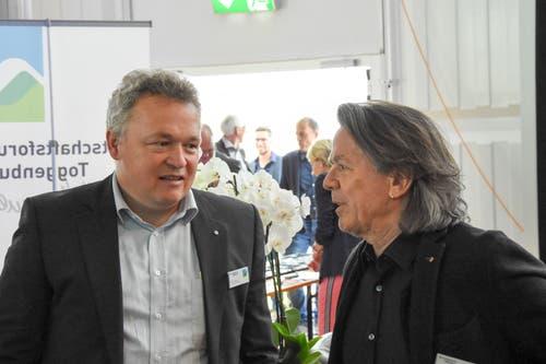 Kilian Looser, Gemeindepräsident Nesslau (links), mit Livio Pagelli, Pagelli Werbeagentur. (Bild: Urs M. Hemm)
