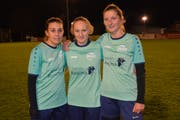 Manuela Beerli, Nicole Scherrer und Melanie Thalmann schossen die Tore beim Sieg gegen Linth-Schwanden (von links). (Bild: Beat Lanzendorfer)