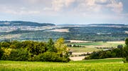 Blick von Frauenfeld auf die beiden Ortsteile Herdern (links) und Lanzenneunforn (rechts). (Bild: Andrea Stalder)