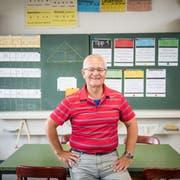 Beat Krieger hat 44 Jahre in Littau als Lehrer unterrichtet. In diesem Zimmer im Schulhaus hat er selber die 5. und 6. Klasse besucht. (Bild: Roger Grütter, Littau, 28. Juni 2018)