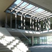 Blick in die neue Schulanlage Bündtmättli. (Bild: PD/Meyer-Gadient Architekten)