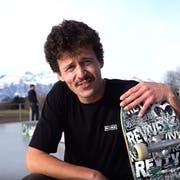 Skateboard-Profi Jonny Giger setzt sich für einer Skatehalle in der Region ein. (Bild: Youtube/Jonny Giger)