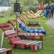 Liegestühle am Ufer des Sempachersees bei der Festhalle in Sempach. (Bild: Pius Amrein, 8. September 2019)