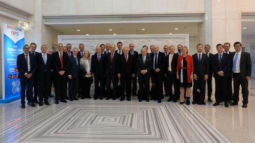 Bundesrat Johann Schneider-Ammann mit der Wirtschaftsdelegation der Schweiz im chinesischen Handelsministerium in Peking. (Bild: Rudolf Minsch (Schanghai, 6. September 2018))