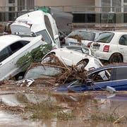 Schwere Unwetter hinterliessen auf Mallorca eine Spur der Verwüstung - mindestens acht Menschen kamen ums Leben. (Bild: KEYSTONE/EPA EFE/CATI CLADERA)