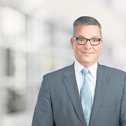Roland Schilliger ist Leiter Privatkunden bei der Zuger Kantonalbank in Cham.